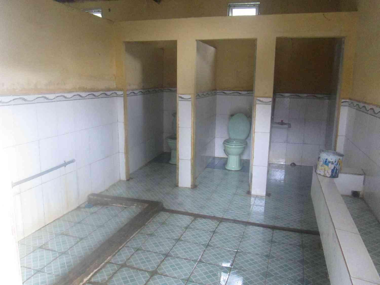Khu vực nhà vệ sinh dành cho học sinh nữ